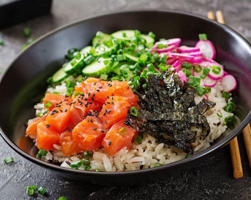 asian healthy bowls poke