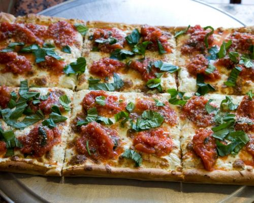 top pizza catering food in town