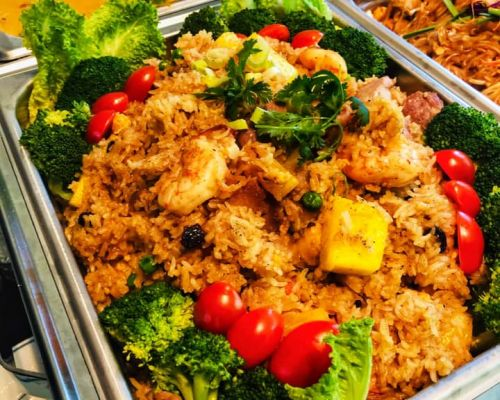 thai catering with healthy ingredients