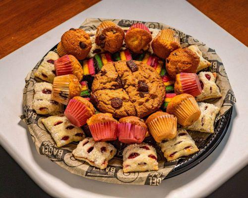 breakfast pastry dessert platter meals