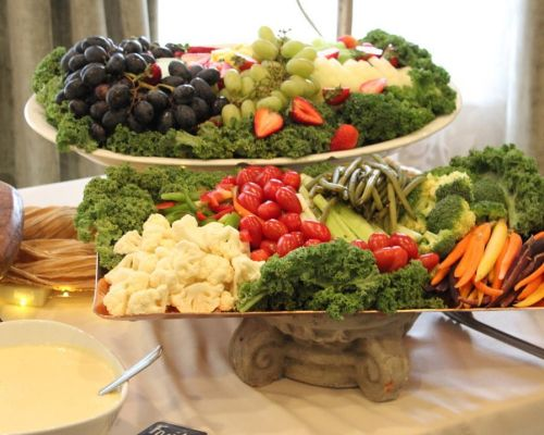 buffet catering fruit platter