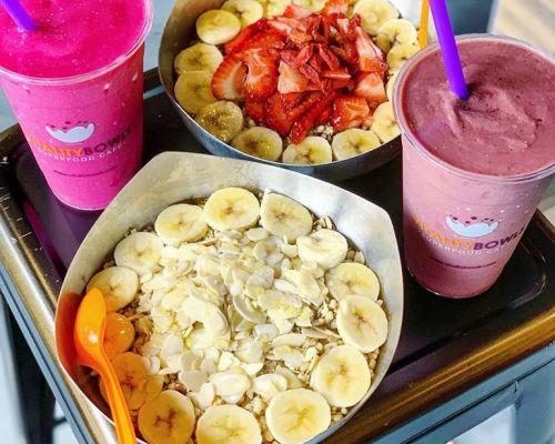 graviola bowl with juice