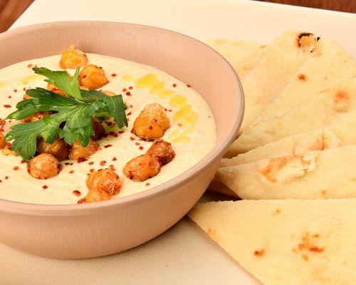 greek food platter mediterranean food