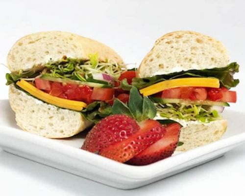 sandwich with healthy ingredients