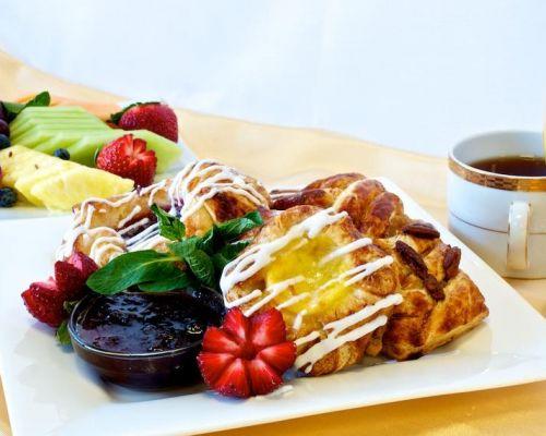 pastry platter breakfast