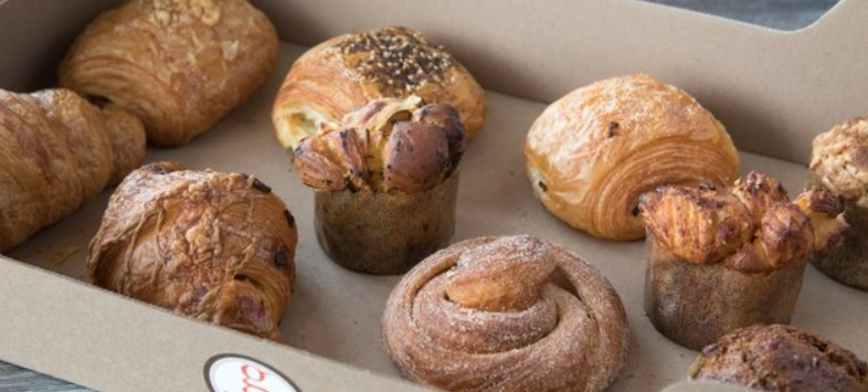 20-Piece Mixed Pastry Box