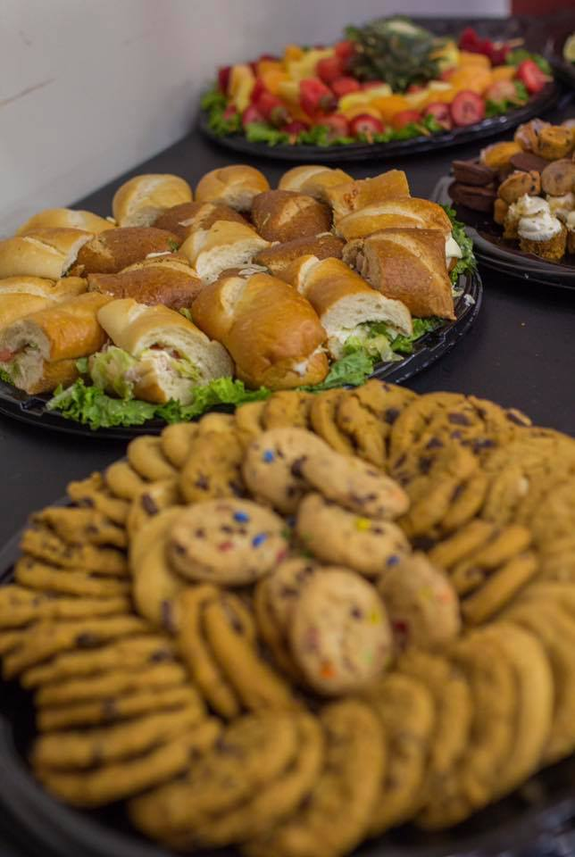 Red Carpet Catering & Bakery Chicago catering